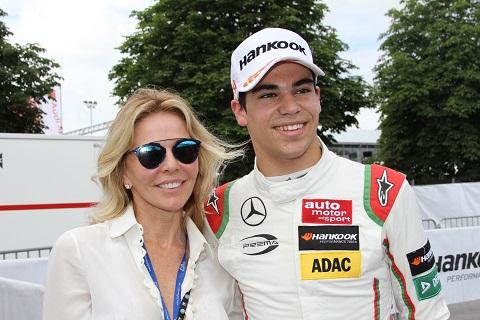 F3 Race Stroll Moeder