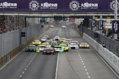 161120 FIA GT World Cup Start