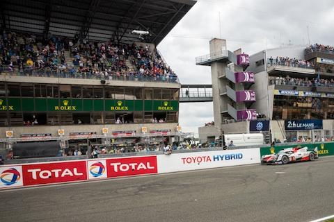 160619 LM Finish Toyota staand