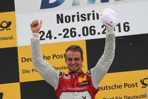 DTM Grijnzende Nico Muller