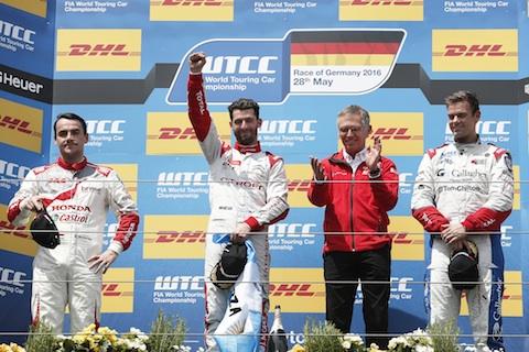 160528 WTCC R1 podium