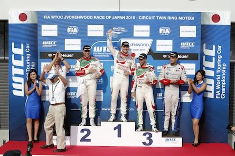 160904 WTCC R1 podium