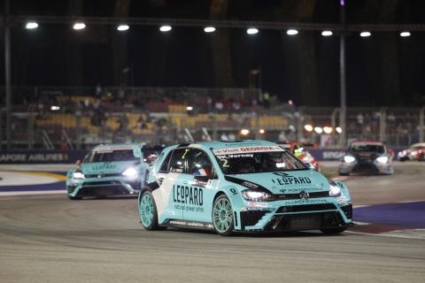 Singapore Race 1 Vernay