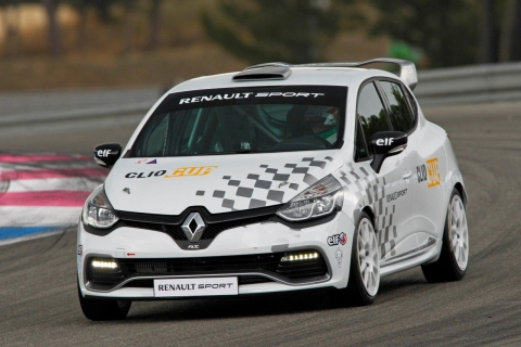 Renault-Clio-RS-Cup-01