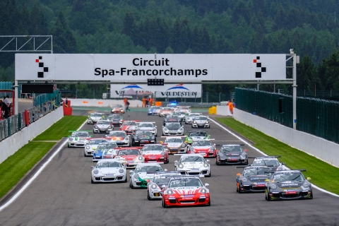 Another-Big-Grid-At-Spa-Start-Race1