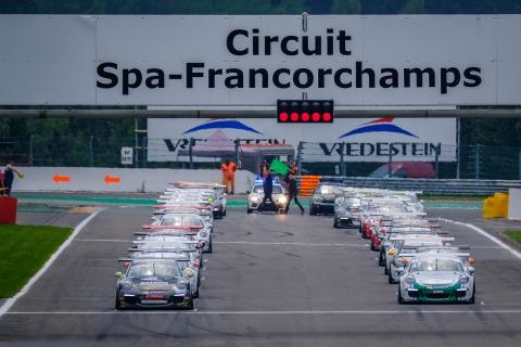 Front-Row-DylanPeirera-AlexandreJouannem-Race2