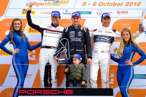 Race-2-general-podium