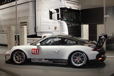 2016 Porsche Cup