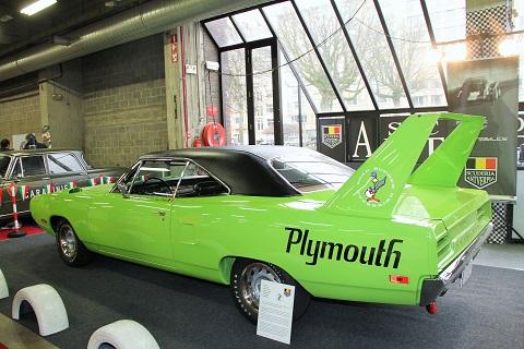 Racing shows 70 jaar ferrari hoofdthema 40e antwerp classic salon retro - Kleursalon ontwerp ...