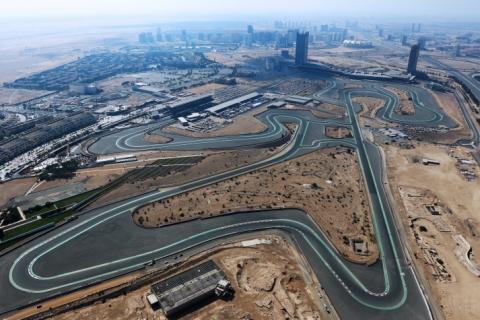 Helicopter shot Dubai Autodrome 800pix