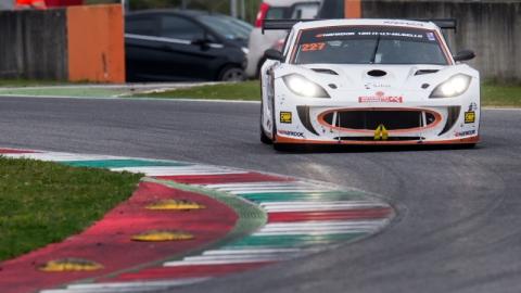 Nova Racing 800pix