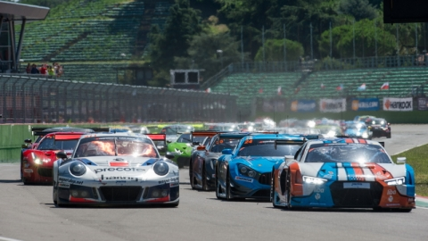 Start Part 2 Hankook 12H IMOLA 800pix