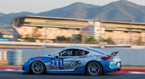 Porsche Cayman GT4 Clubsport 800pix