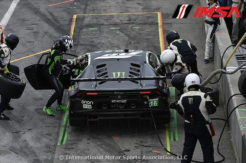 170828 IMSA race Mul pitstop