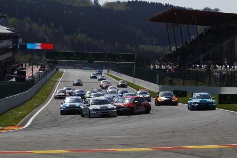 2017 Spa Race 1 start