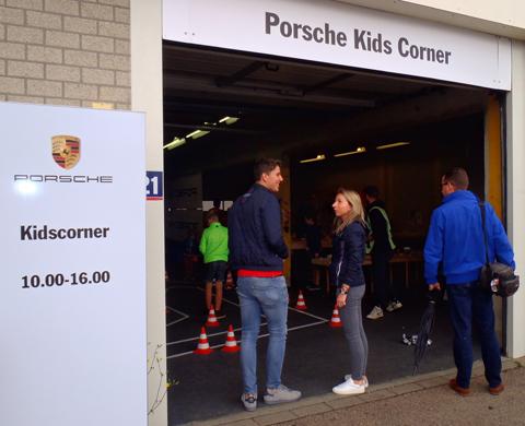 480-Porsche kids corner