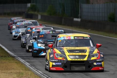 TCR Benelux - Round 3 - Picture 1