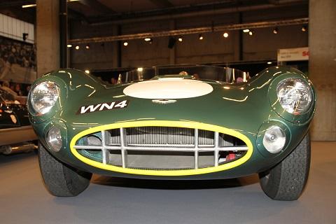2018 Aston Martin 2
