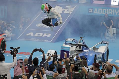 181215 FE race DAC sprong