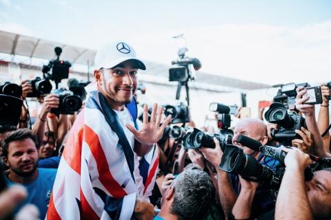 Lewis Hamilton 04