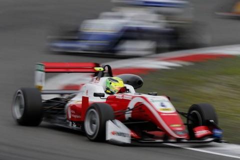180912 F3 Schumacher actie
