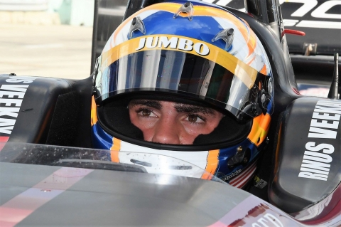 VeeKay-Juncos IndyLights.03