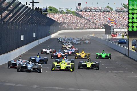 Start 102e editie Indy 500