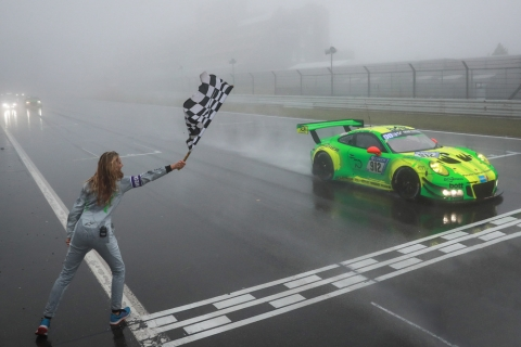 180513 24h Nbr Manthey Porsche winnaar