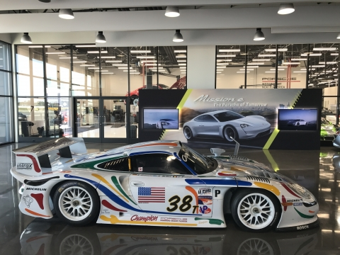 180724 Champion Porsche GT1