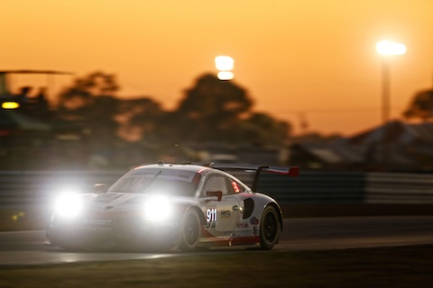 180317 Sebring finish Porsche