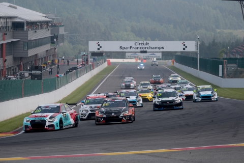 2018-2018 Spa Race 1---2018 TCR Europe Spa R1 start 3