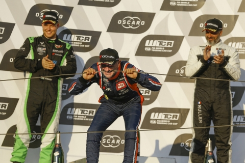 tarquini-podium