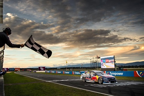 Jamie Whincup Symmons Plains