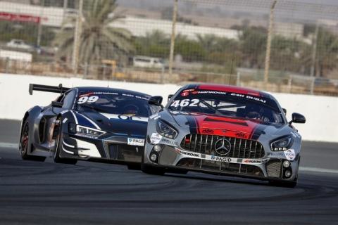 1 GT4 Ciceley Motorsport 800pix