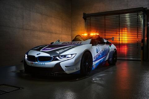 BMW i8 Roadster safetycar