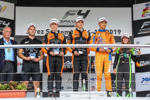 f4 jerez podium