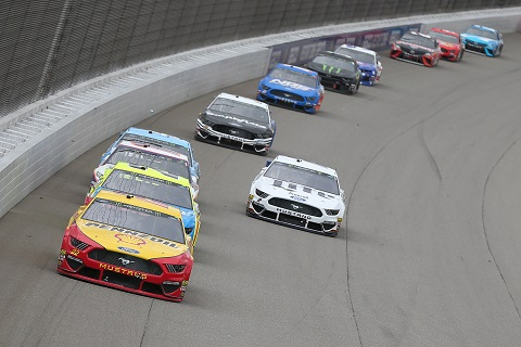 Pack Racing Logano
