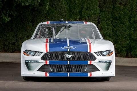 2020 Xfinity-Mustang1