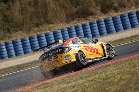 2019 TCR EUR Oschersleben Race 2 50 Tom Coronel 20