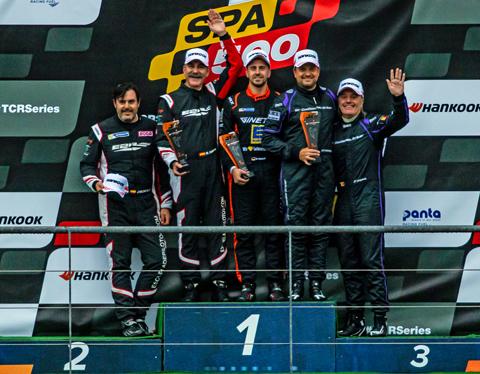 r1-podium