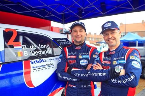 BOB DE JONG RALLYING - Bob de Jong links en Bjorn Degandt zijn de nieuwe Nederlandse rallykampioenen 190908