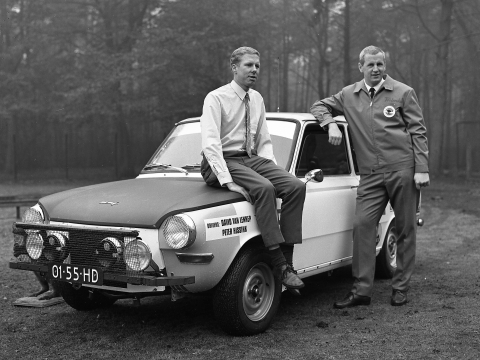 David-van-Lennep-links-en-Peter-Hissink-met-de-rally-DAF-1968-
