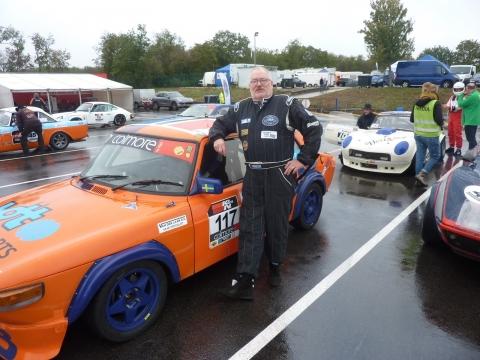 Harm onze racende TC-er vermaakte zich in de regen prima met zijn Saab