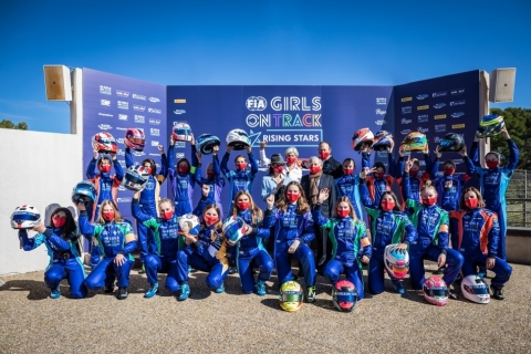 201013 FIA Girls group