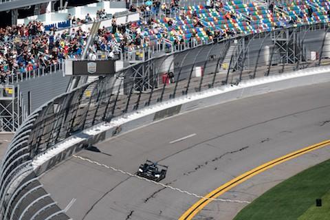 200126 Daytona Finish Kobayashi