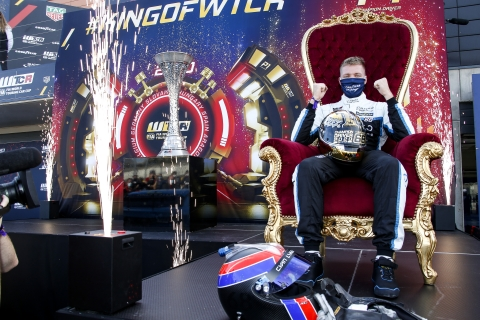 201115 WTCR Ehrlacher troon