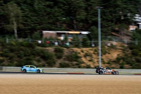 2020 TCR Europe Zolder Race 1 123 Daniel Lloyd-53 Michelle Halder 52