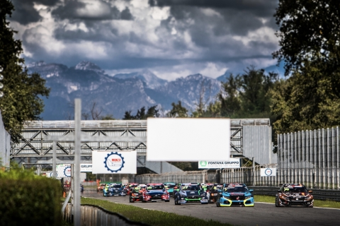 2020 TCR Europe Monza Race 2 start 36