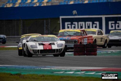 Kenneth Persson Ford GT40 leading a gaggle through the GT chicane