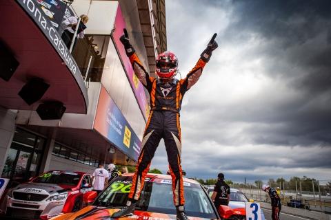 2021 TCR Europe Barcelona Race 1 The 2021 Champion 68